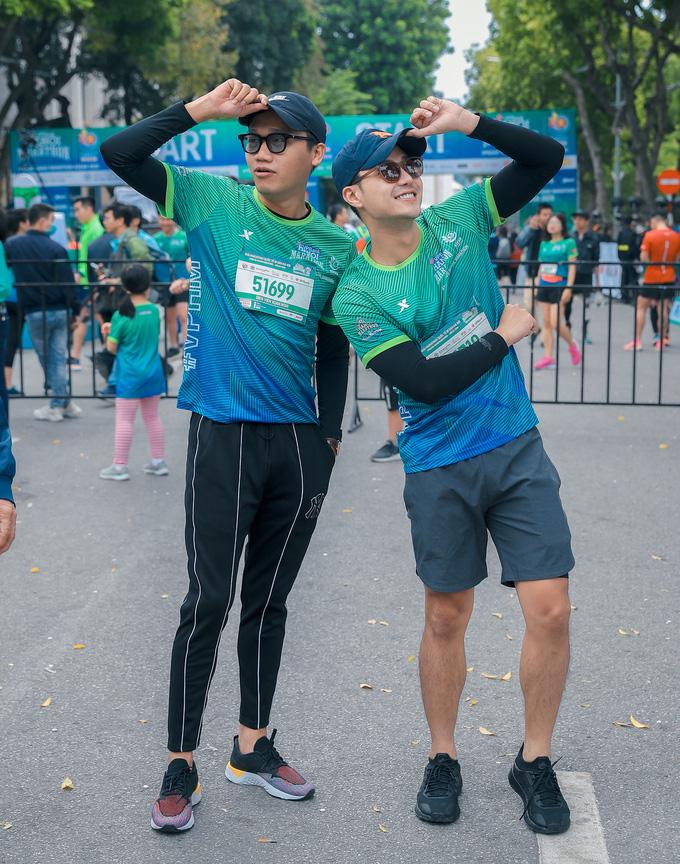 Hoa hậu Mai Phương Thúy nổi bật trên đường chạy - Ảnh 9.