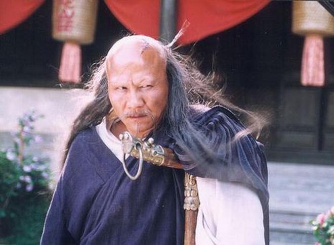 5 phản diện bị ghét nhất truyện Kim Dung, người cuối cùng chỉ đứng thở thôi cũng ăn gạch - Ảnh 3.