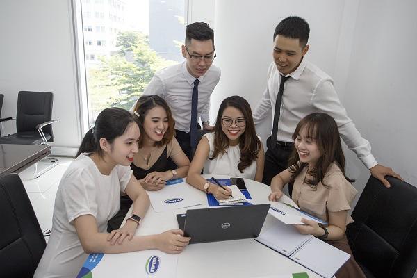 Vinamilk lần thứ 3 liên tiếp được bình chọn là nơi làm việc tốt nhất Việt Nam - Ảnh 2.