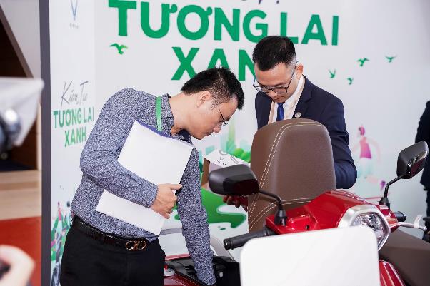 Xe máy điện VinFast gây chú ý tại Diễn đàn cao cấp Đô thị thông minh ASEAN 2020 - Ảnh 6.