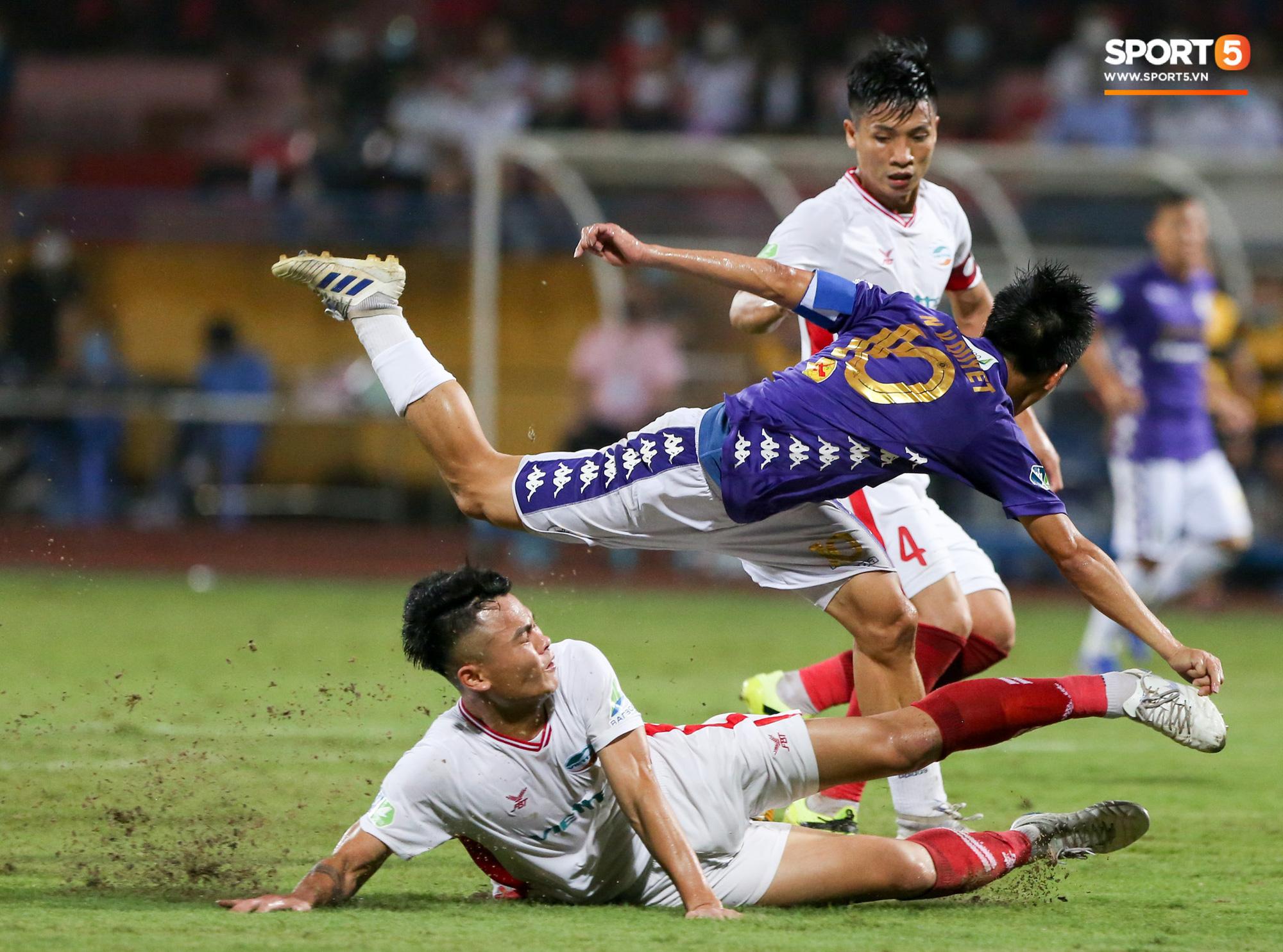 Không cản được Quang Hải, Tiến Dũng và Quế Ngọc Hải đừng mơ vô địch V.League 2020 - Ảnh 1.