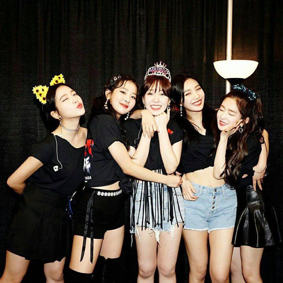 Giữa bão scandal, fan Red Velvet tung bằng chứng dập lại cư dân mạng về mối quan hệ của Irene và các thành viên - Ảnh 2.