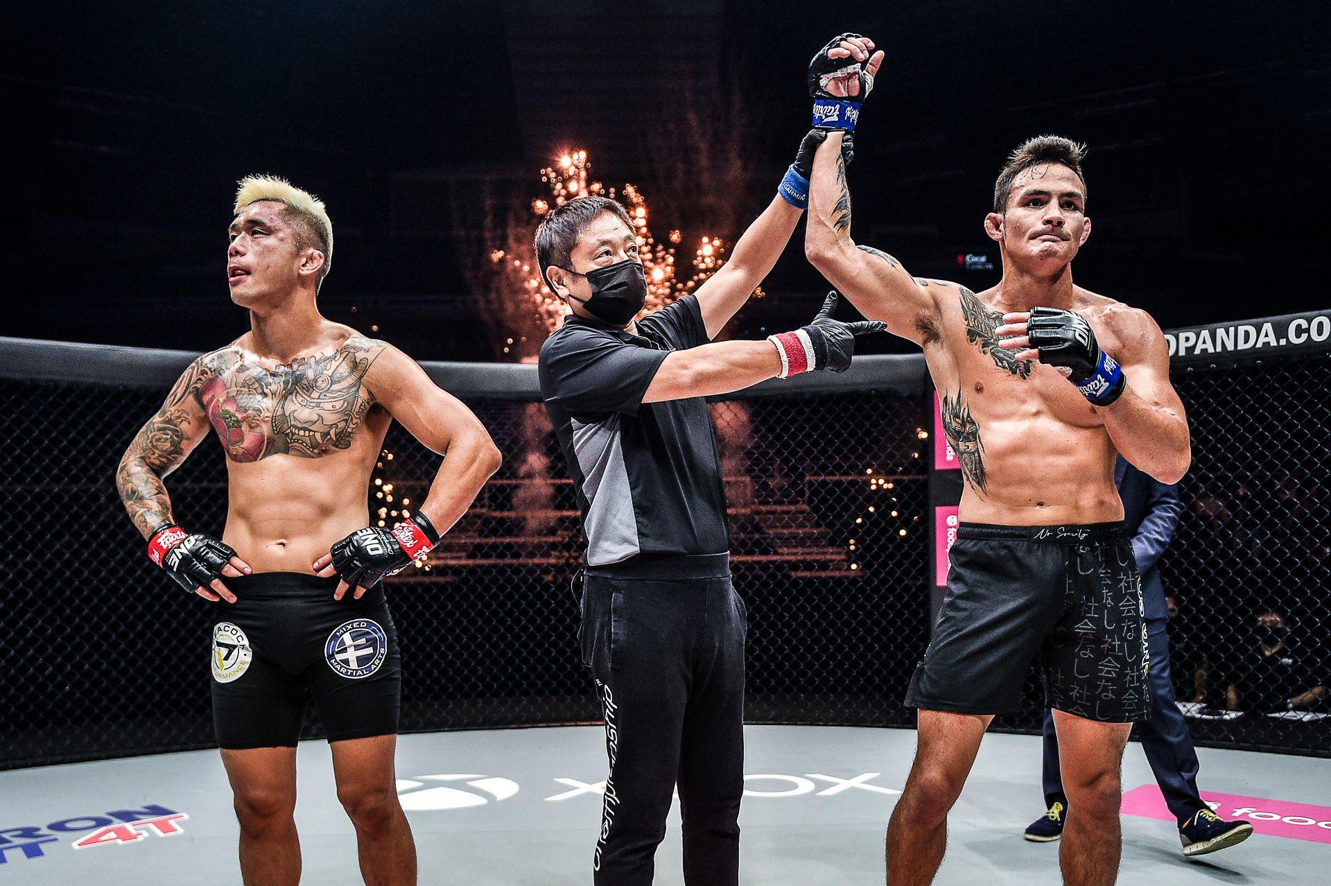 Chùm ảnh: Thành Lê hạ knock-out Martin Nguyễn, trở thành nhà vua mới tại hạng lông của ONE Championship - Ảnh 8.