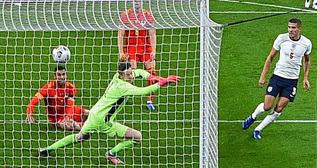 Ngôi sao sáng nhất Fantasy Premier League lại nổ súng, tuyển Anh đả bại người hàng xóm Xứ Wales - Ảnh 4.