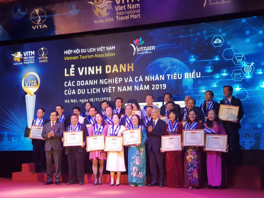 Vinh danh các doanh nghiệp và cá nhân tiêu biểu của Du lịch Việt Nam năm 2019 - Ảnh 3.