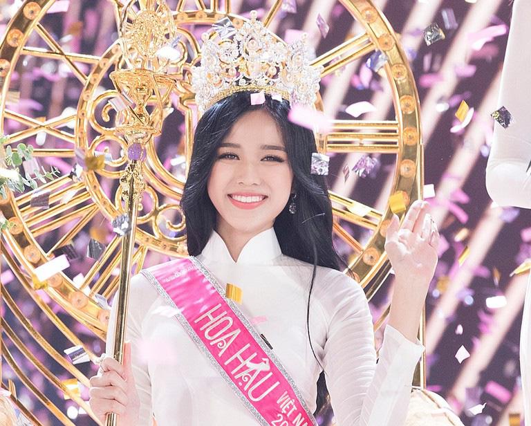 2 sắc son tô điểm nhan sắc cho nàng Tân Hoa hậu 19 tuổi: Ngay cả đêm chung kết Đỗ Thị Hà cũng diện  - Ảnh 1.