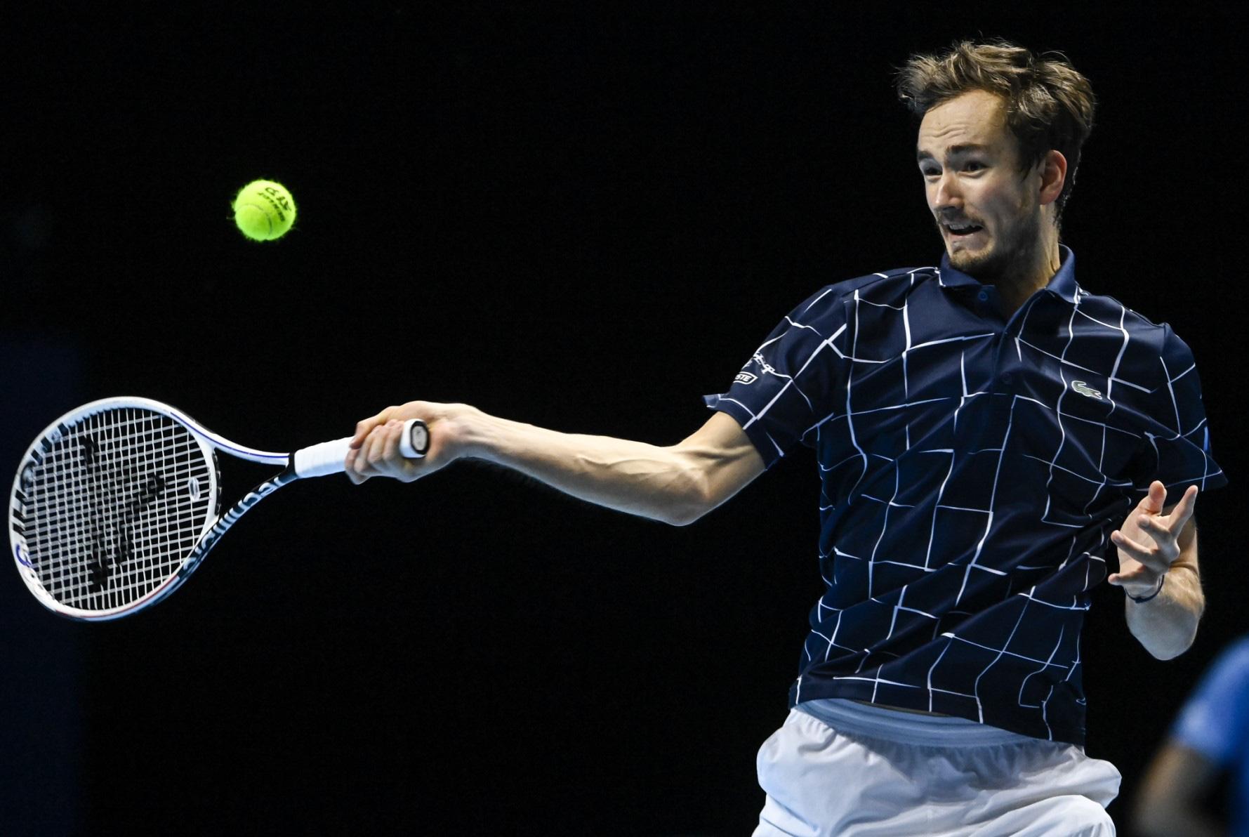 Thua ngược cay đắng, Nadal và Djokovic dắt tay rời ATP Finals - Ảnh 4.