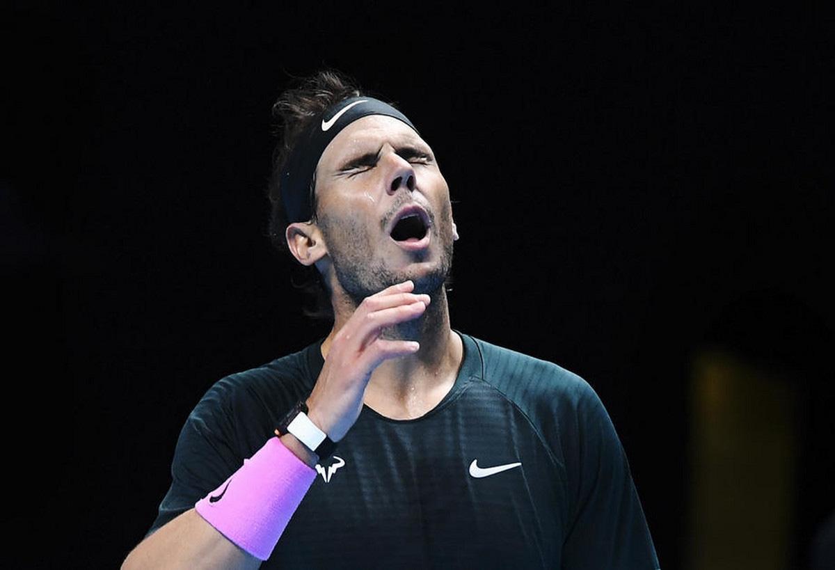 Thua ngược cay đắng, Nadal và Djokovic dắt tay rời ATP Finals - Ảnh 2.