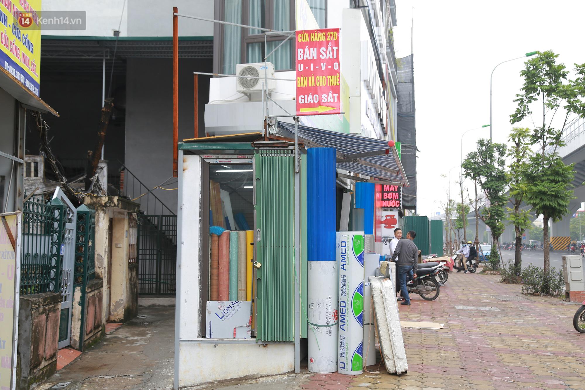 Ảnh: Cận cảnh những ngôi nhà siêu mỏng, siêu nhỏ ở đường Trường Chinh - Ảnh 7.