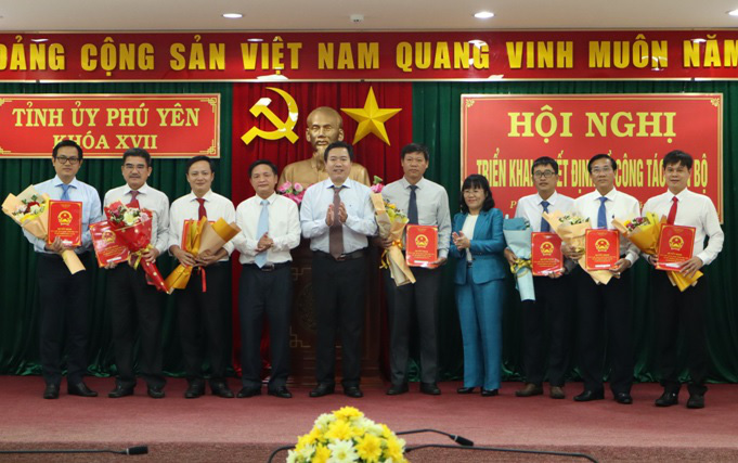 Phú Yên điều động, bổ nhiệm hàng loạt lãnh đạo chủ chốt - Ảnh 3.