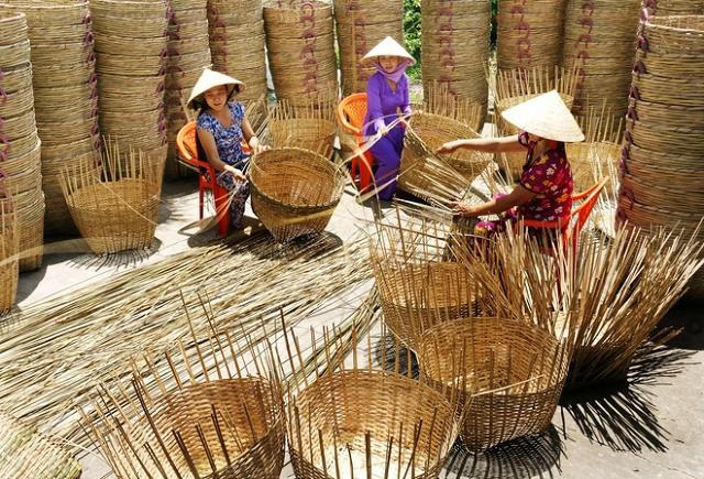 Tổ chức xây dựng và phát huy mô hình đan lát truyền thống của người Khmer - Ảnh 1.