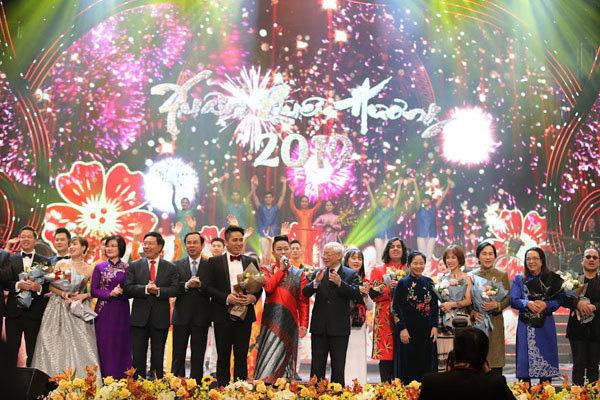 Cộng đồng kiều bào Việt ngày càng lớn mạnh và gắn bó với quê hương, đất nước - Ảnh 2.