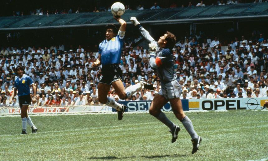Bàn tay của Chúa là gì, vì sao Maradona gắn liền với cái tên này? - Ảnh 2.