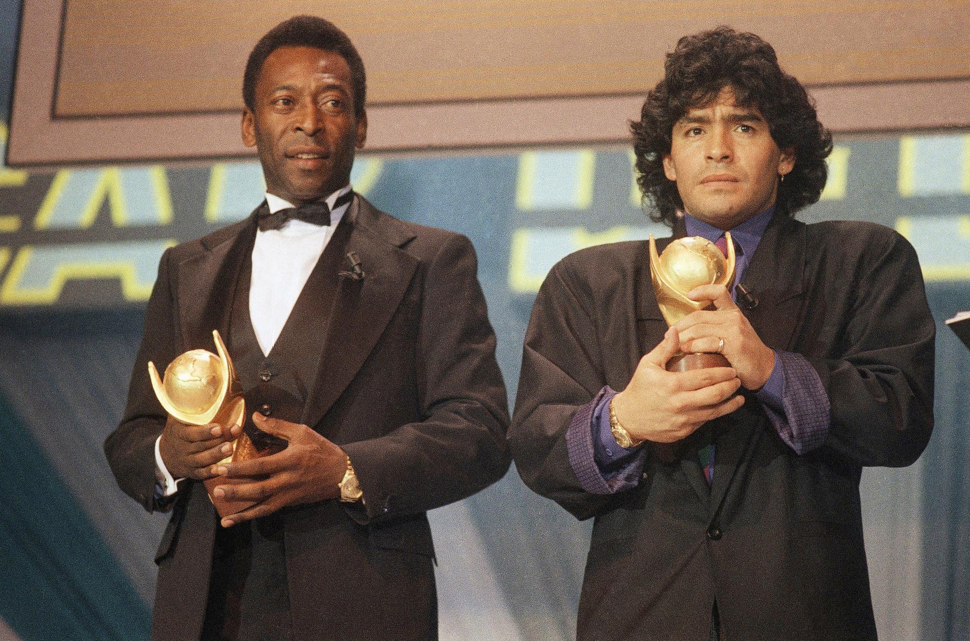 Cuộc đời Maradona qua ảnh: Đầy vinh quang nhưng cũng lắm tranh cãi - Ảnh 10.