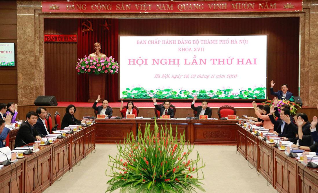Hội nghị lần thứ 2 BCH Đảng bộ TP Hà Nội: Bàn định hướng cho trước mắt và cả nhiệm kỳ - Ảnh 1.