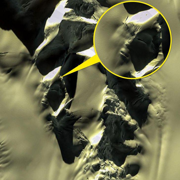 Từ di tích tới hình vẽ bí ẩn của người ngoài hành tinh: Những địa điểm cực dị và bí ẩn chỉ được thế giới biết đến kể từ khi... Google Maps ra đời - Ảnh 6.
