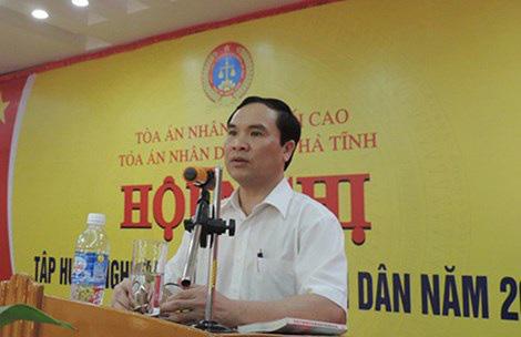 Vi phạm nghiêm trọng, nguyên Chánh án Tòa án nhân dân tỉnh Hà Tĩnh bị đề nghị kỷ luật - Ảnh 2.