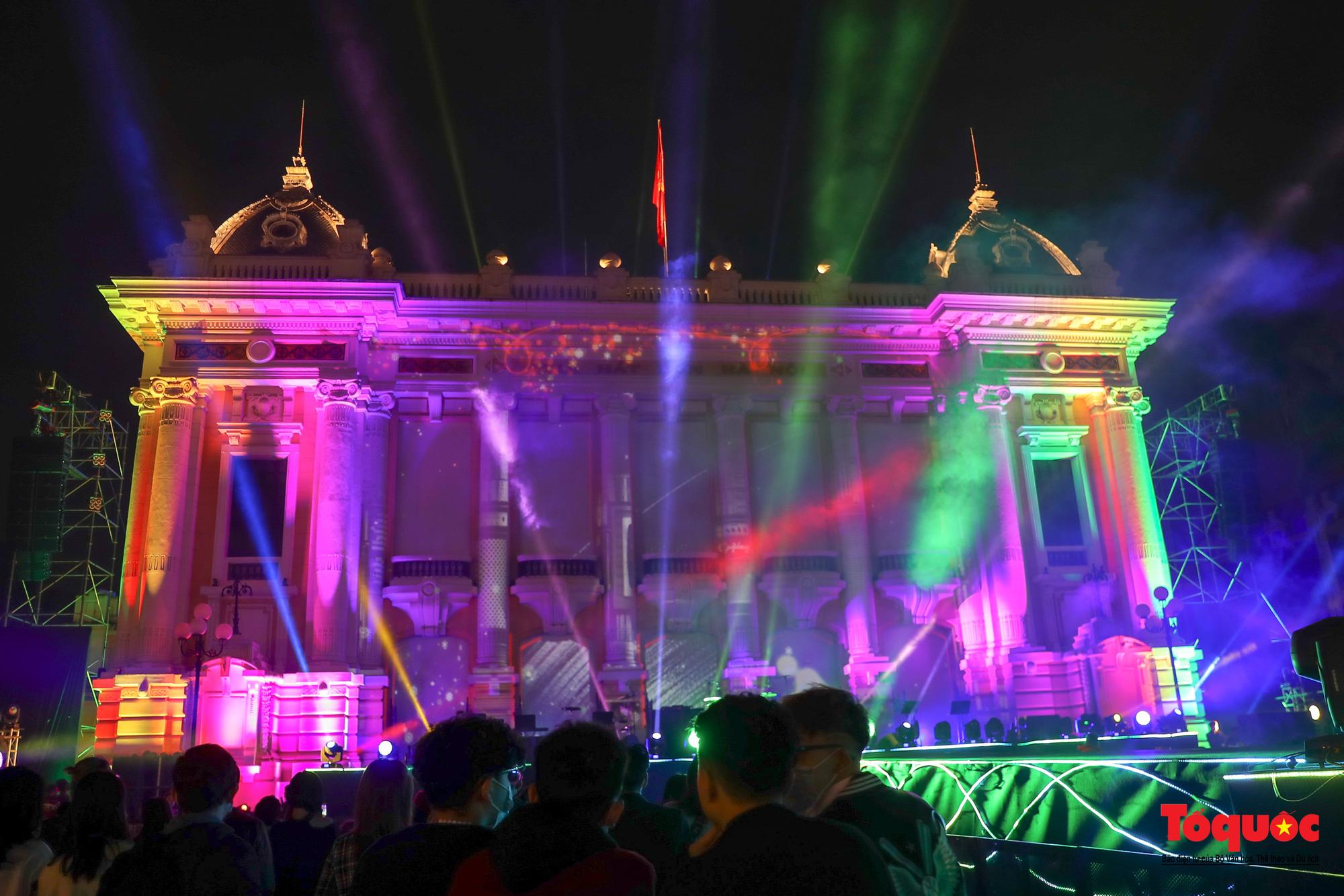 Bùng nổ Đại nhạc hội Giáng sinh 2020 tại Nhà hát Lớn - Ảnh 5.