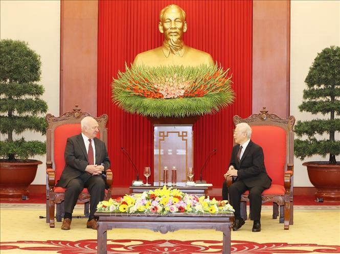 Tổng Bí thư, Chủ tịch nước Nguyễn Phú Trọng tiếp Đại sứ Liên bang Nga tại Việt Nam - Ảnh 1.