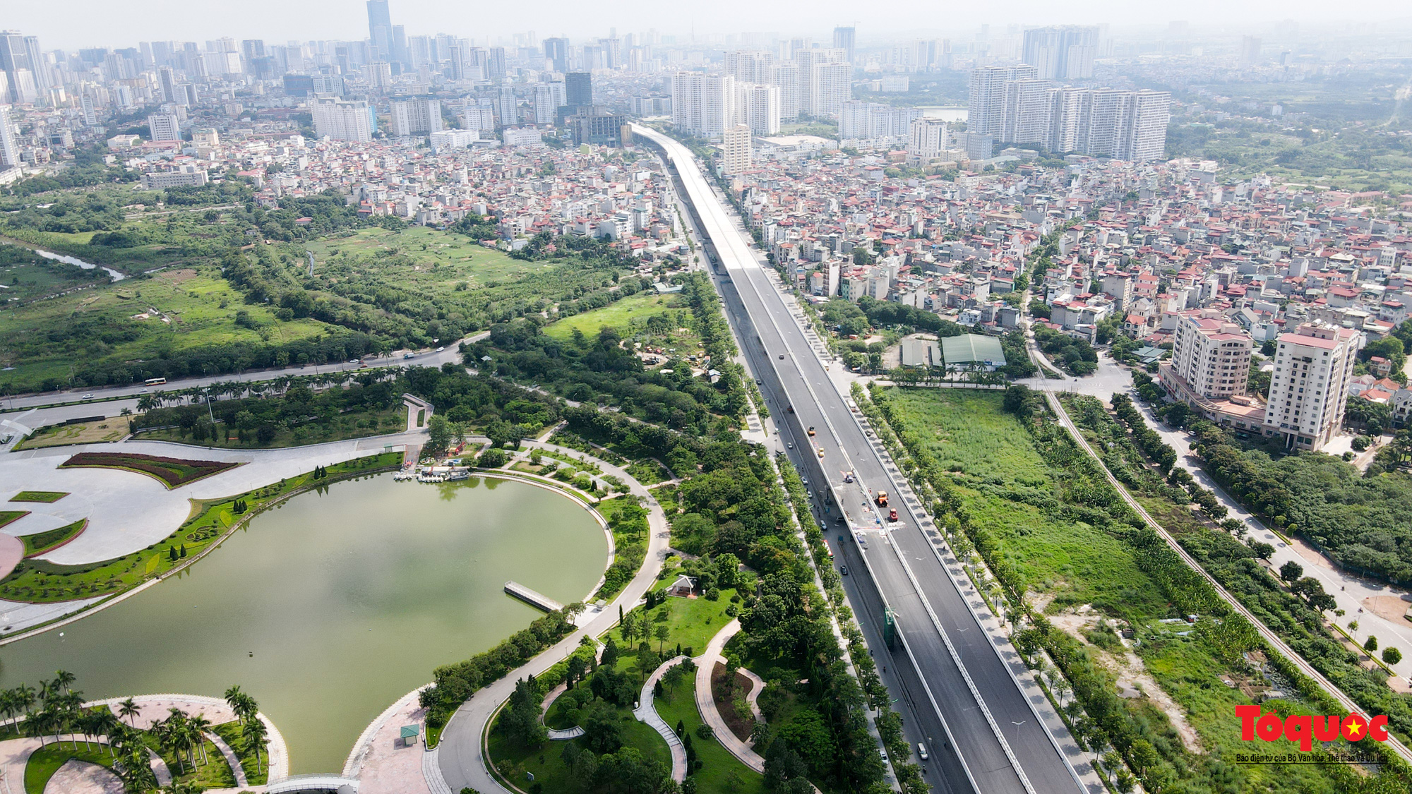 Dấu ấn những công trình giao thông tạo nên diện mạo mới cho Thủ đô Hà Nội năm 2020 - Ảnh 1.