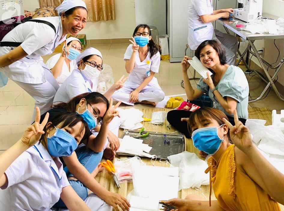 TP.HCM: Bác sĩ, nữ hộ sinh Bệnh viện Từ Dũ giải cứu dưa hấu, bỏ giờ nghỉ trưa may khẩu trang dùng trong mùa dịch corona - Ảnh 4.