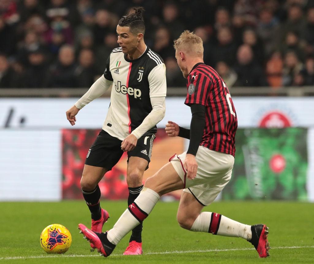 Ronaldo tiếp tục lập công cứu Juventus thoát khỏi trận thua trước AC Milan - Ảnh 3.