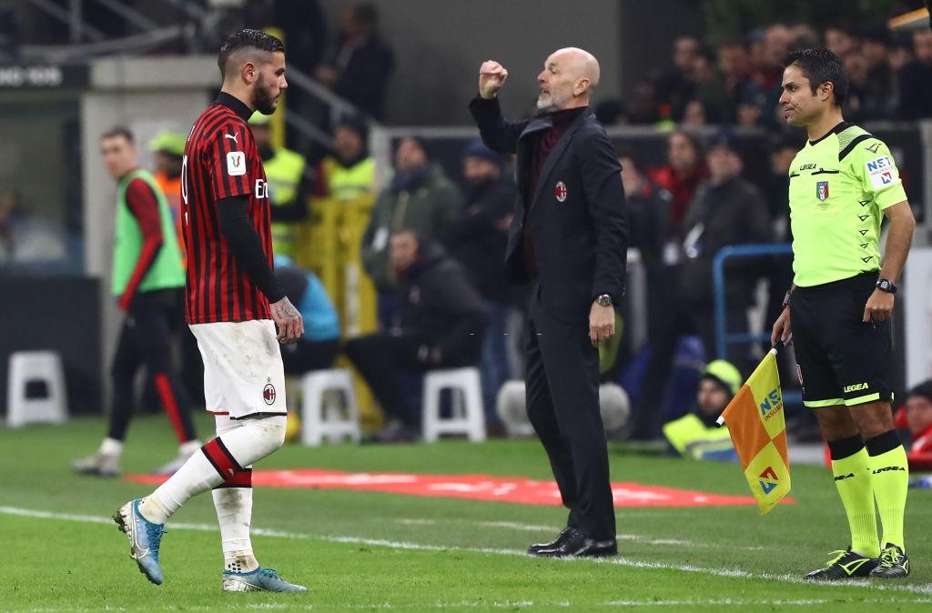 Ronaldo tiếp tục lập công cứu Juventus thoát khỏi trận thua trước AC Milan - Ảnh 7.
