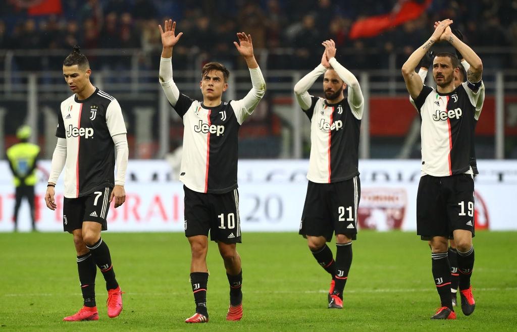Ronaldo tiếp tục lập công cứu Juventus thoát khỏi trận thua trước AC Milan - Ảnh 9.