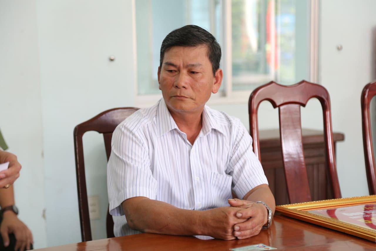 Khen thưởng người phát hiện chiếc vali chứa thi thể cô gái bị chặt xác vứt xuống sông Hàn - Ảnh 2.