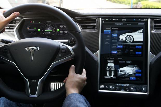Mổ xẻ Tesla Model 3, kỹ sư Nhật kinh ngạc vì phát hiện ra điều không tưởng - Ảnh 3.