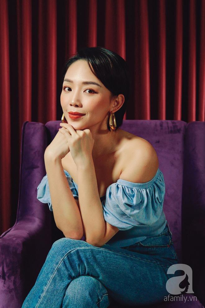 Tóc Tiên đích thân giải đáp lý do tổ chức tiệc cưới đơn giản thay vì hôn lễ đình đám như các ngôi sao hạng A - Ảnh 4.