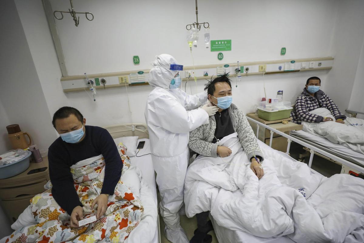 Hơn 500 tù nhân và cai ngục nhiễm virus COVID-19 ở Trung Quốc, chính quyền tỉnh Sơn Đông gấp rút triển khai bệnh viện cabin di động - Ảnh 1.