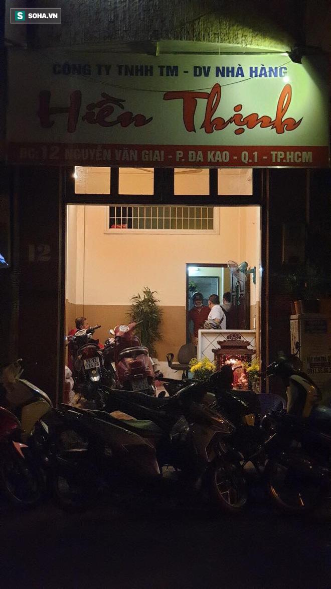 Bắt 2 nữ tiếp viên nhà hàng bán dâm cho khách với gia 2 triệu đồng/lượt ở Sài Gòn - Ảnh 2.