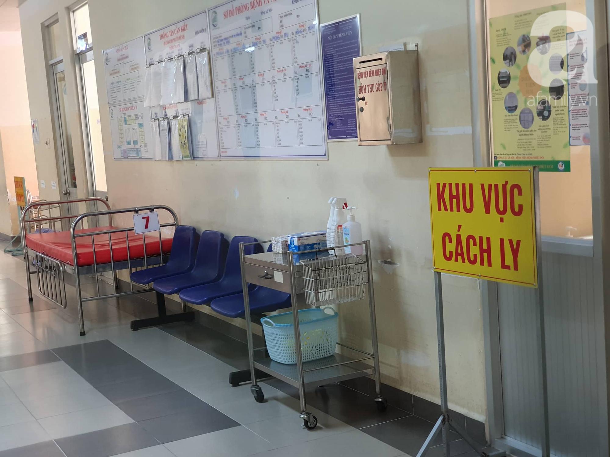 TP.HCM: Bé trai 17 tháng tuổi lên cơn sốt khi ở cùng mẹ tại Bệnh viện dã chiến huyện Củ Chi - Ảnh 3.