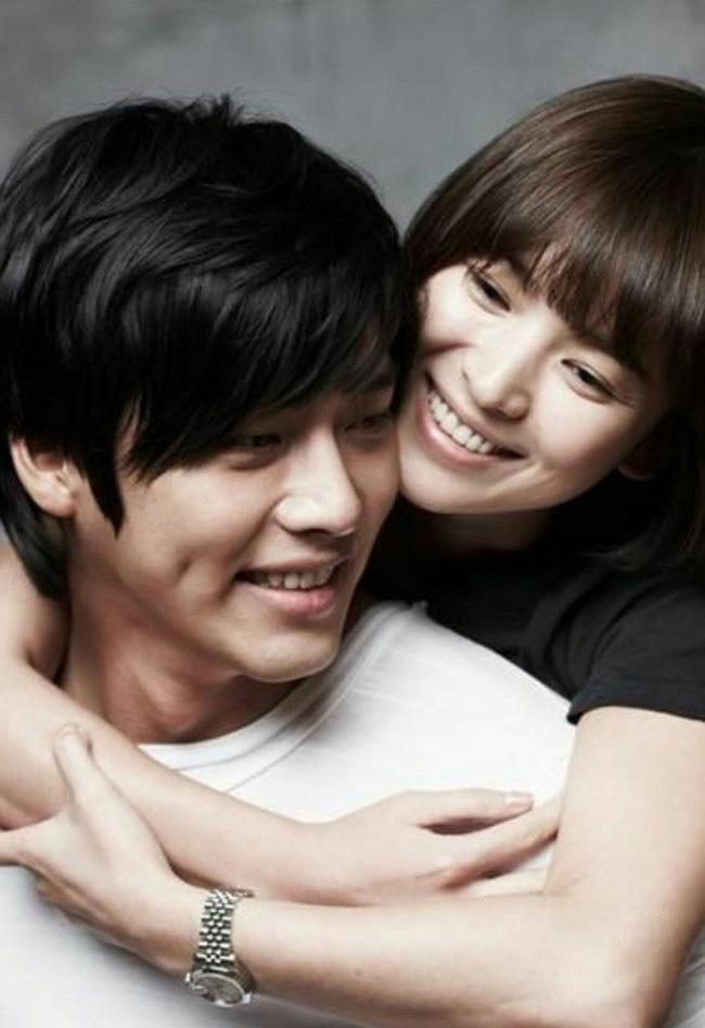 """Hai chàng """"Đại úy"""" đi qua cuộc đời Song Hye Kyo: Đều giàu có và điển trai nhất nhì showbiz nhưng Hyun Bin lại """"hơn đứt"""" Song Joong Ki ở điểm này? - Ảnh 6."""