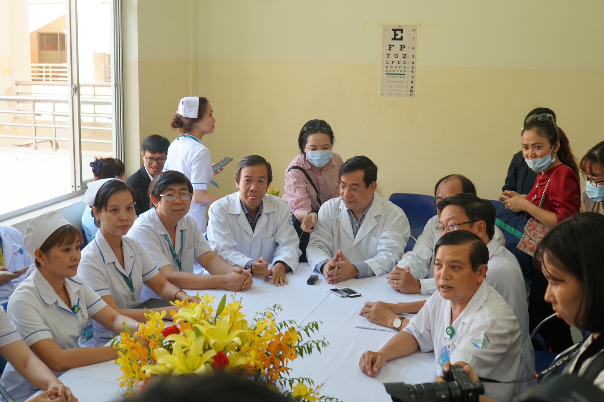 Bệnh nhân thứ 3 nhiễm corona ở Sài Gòn được chữa khỏi: Tôi từ chỗ chết trở về - Ảnh 1.