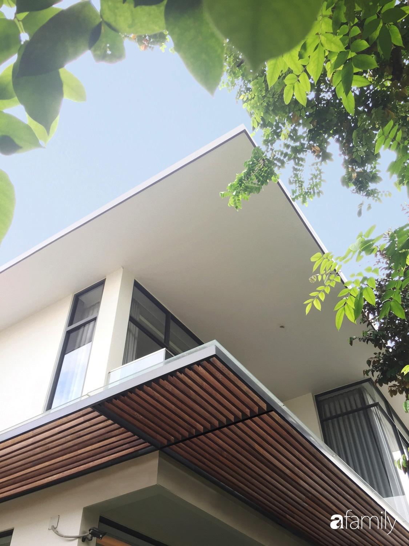 Ngôi nhà rộn ràng sắc màu cây xanh và ánh sáng ai ngắm cũng yêu ở TP Biên Hòa, Đồng Nai - Ảnh 1.