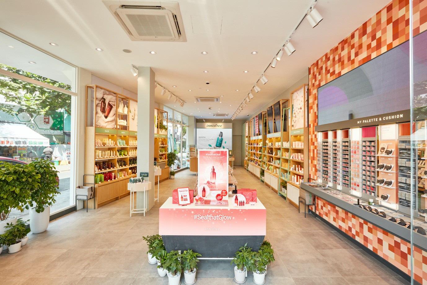"""Mở rộng chuỗi cửa hàng thân thiện với môi trường, innisfree khai trương """"điểm dừng chân xanh"""" đầu tiên tại Đà Nẵng - Ảnh 2."""