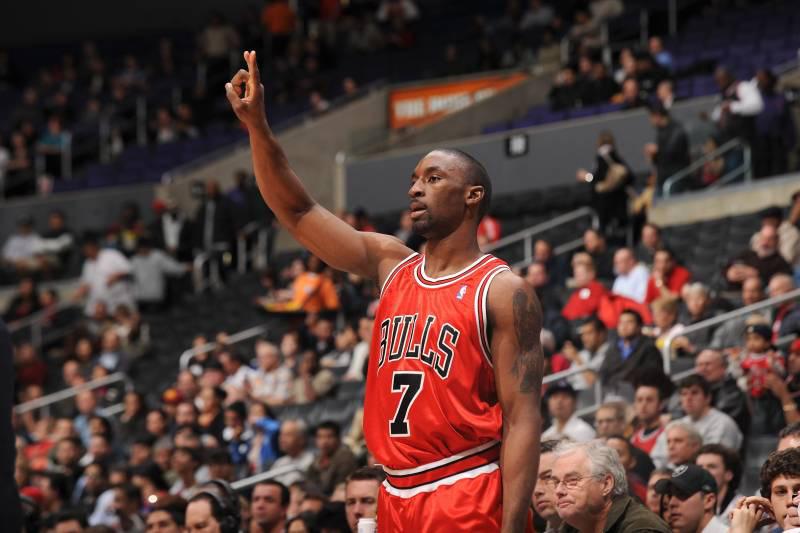 Ngôi sao một thời của NBA thừa nhận từng không ít lần nghĩ đến việc tự sát - Ảnh 2.