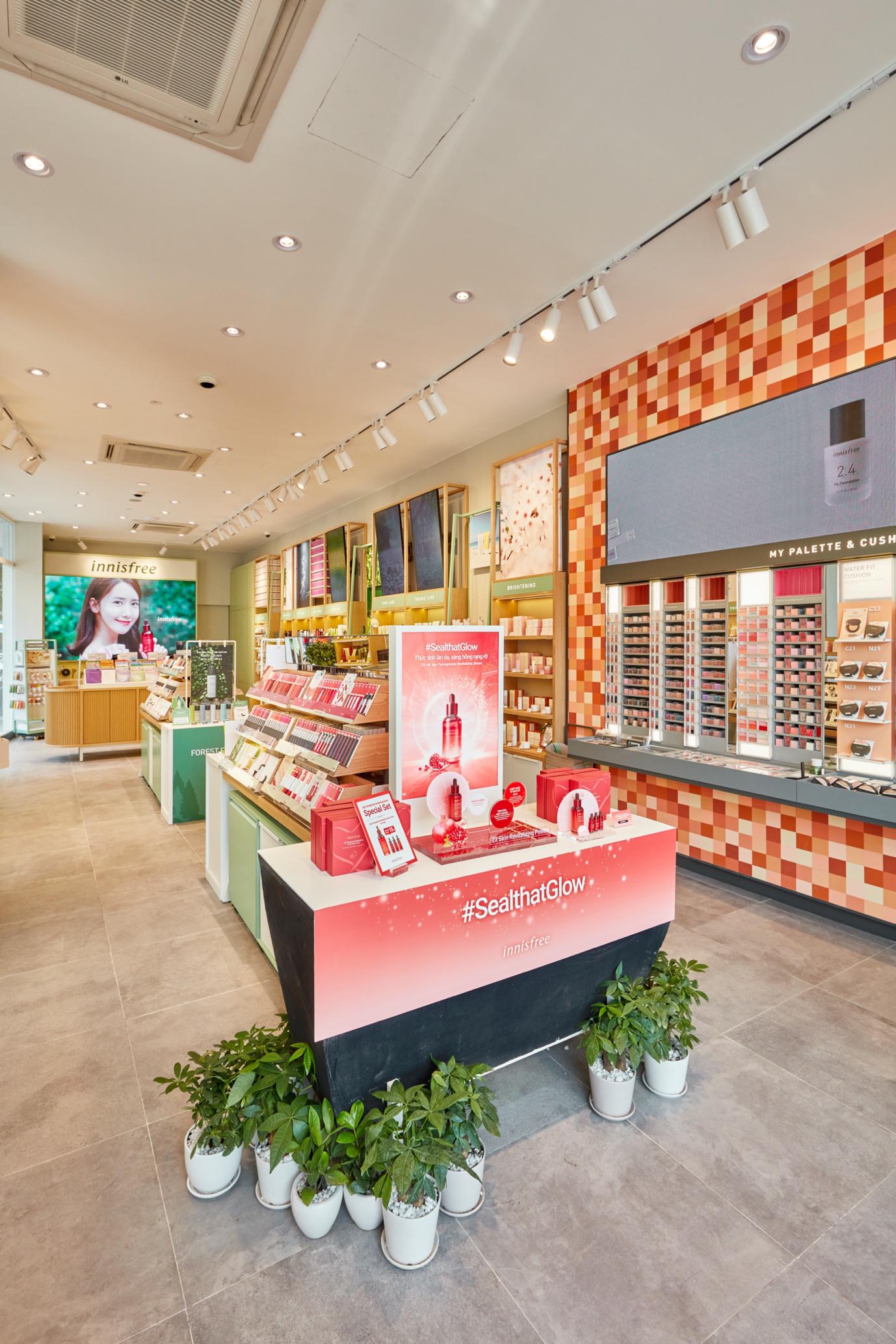 """Mở rộng chuỗi cửa hàng thân thiện với môi trường, innisfree khai trương """"điểm dừng chân xanh"""" đầu tiên tại Đà Nẵng - Ảnh 4."""