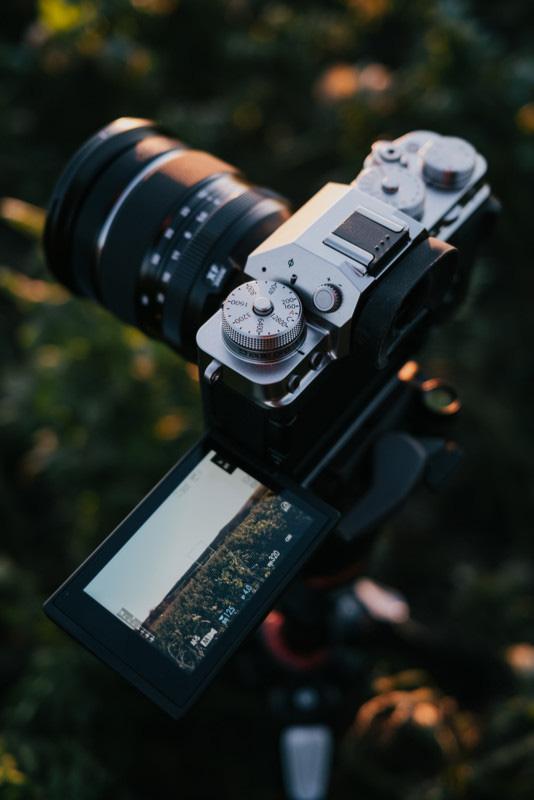 Fujifilm ra mắt máy ảnh X-T4: Chống rung cảm biến, màn chập mới, pin lớn hơn - Ảnh 2.