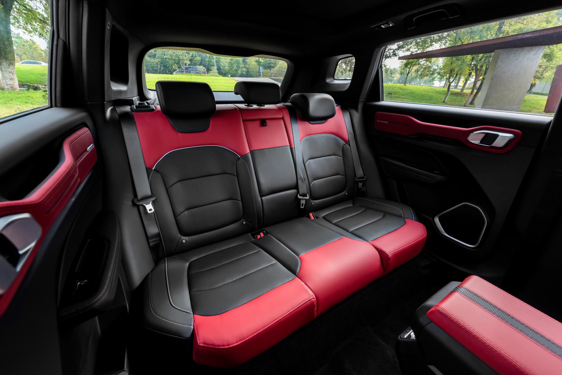 Hãng xe Trung Quốc Geely mở bán SUV Icon đẹp như Volvo, bảo vệ người dùng khỏi Corona, giá rẻ bèo từ 16.500 USD - Ảnh 5.