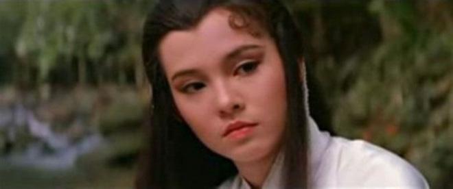 Tình duyên ly kỳ của Tiểu Long Nữ gốc Việt: Tuổi U60 vẫn được làm dâu nhà tỷ phú khét tiếng Hong Kong - Ảnh 1.