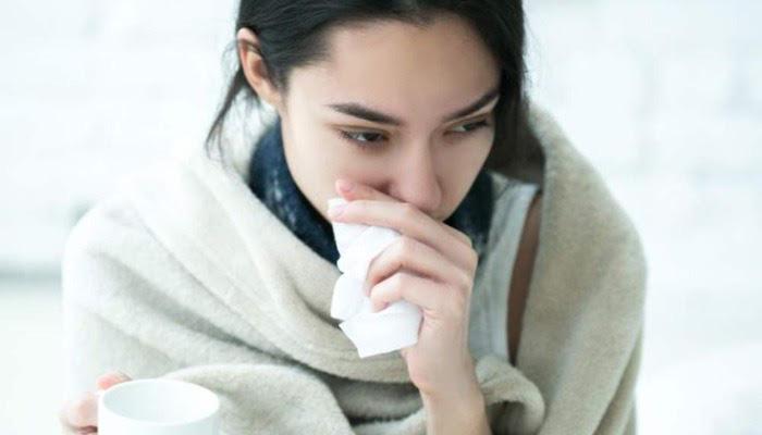 8 thói quen xấu tiềm ẩn nguy cơ mắc bệnh mà dân văn phòng vẫn hay làm thường xuyên - Ảnh 3.