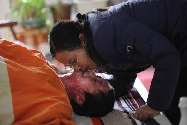 """Bộ ảnh gây chấn động xứ Trung của người mẫu trẻ bị bạn cùng lớp thiêu sống vì từ chối tình yêu: """"Những điều tốt đẹp không bao giờ chết"""" - Ảnh 4."""
