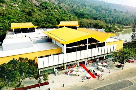 Những góc chụp đẹp mê mẩn ở Nhà ga cáp treo lớn nhất thế giới tại Tây Ninh - Ảnh 1.