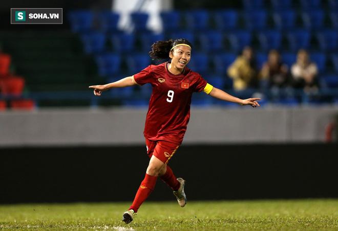 HLV Mai Đức Chung tiết lộ câu chuyện đằng sau bàn thắng lịch sử của ĐT nữ Việt Nam - Ảnh 1.