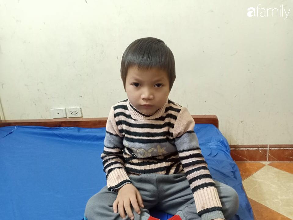 Gần 100 triệu đồng đến với bé trai 5 tuổi bị u não, đôi mắt có nguy cơ mù vĩnh viễn không tiền chữa trị - Ảnh 1.