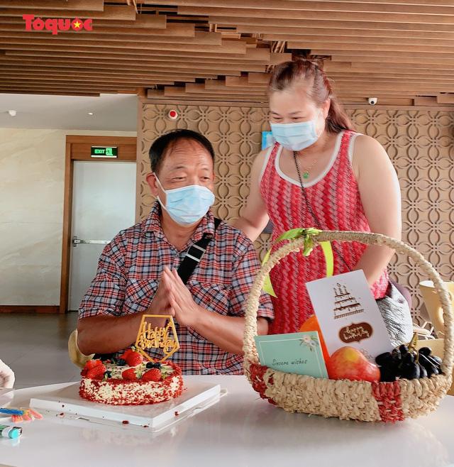 Du khách quốc tế cảm ơn các nhân viên khách sạn Vanda chăm sóc chu đáo, tuyệt vời trong những ngày cách ly - Ảnh 22.