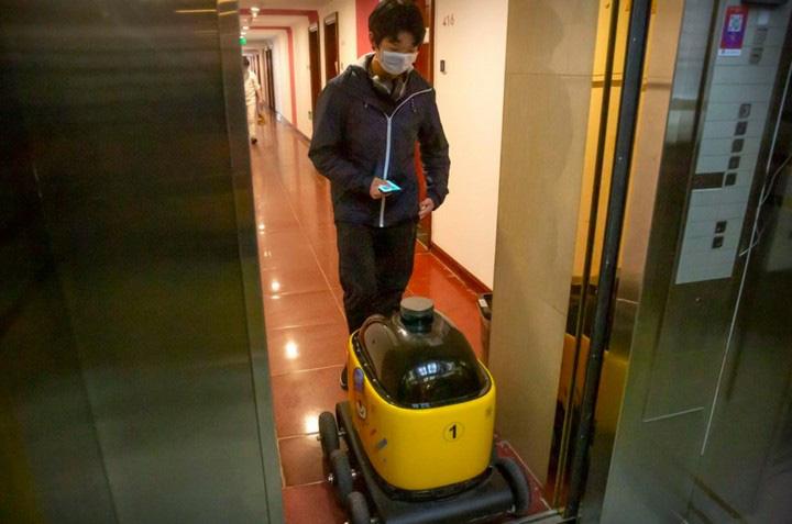 Robot chuyên phân phát rau, củ, quả và tuần tra cho thấy mức độ tự động hóa ngày càng cao của Trung Quốc - Ảnh 2.
